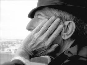 Leonard Cohen 8 El veterano cantautor canadiense publica un nuevo disco.