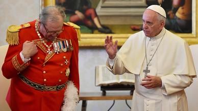 L'ús del preservatiu causa l'última gran disputa entre el Papa i l'Orde de Malta