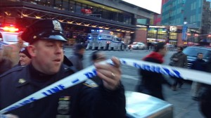 zentauroepp41277203 police respond to a report of an explosion near times square171211141722