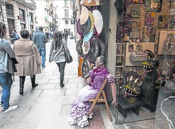 Bcn clientes perdidos en domingo l 39 hospitalet no for Trabajos de verano barcelona