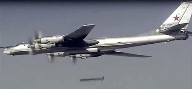 Resultado de imagen de Portaaviones ruso navega ya hacia las costas de Siria
