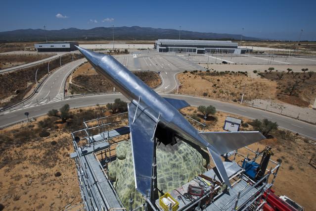 Alberto Fabra estudia vender el aeropuerto de Castell�n por 200 millones
