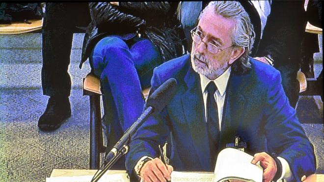 Correa matisa que va trencar amb el PP no perquè arribés Rajoy, sinó per un empleat