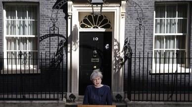 Theresa May vol pilotar amb mà ferma