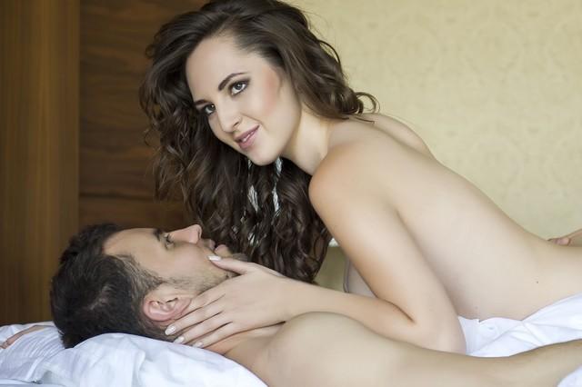 Lita tiene sexo con filo