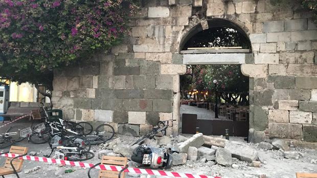 Dos turistes morts en un terratrèmol a l'illa grega de Kos