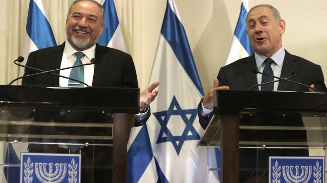 El ultra Avigdor Lieberman (a la izquierda), junto al primer ministro israel�, Binyamin Netanyahu.
