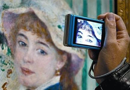 La pintura de Renoir dialoga por vez primera con los maestros del Prado