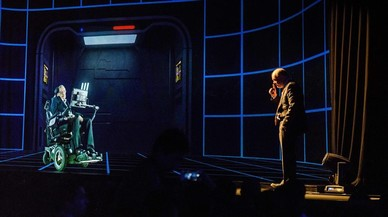 Un momento de la conferencia del holograma de Stephen Hawking en Hong Kong.