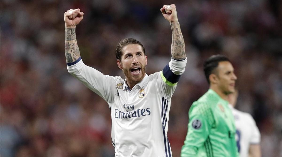 """Sergio Ramos replica a Piqué: """"Que rebobini i es posi el partit del PSG"""""""