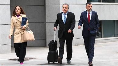 Vila es desmarca de la resta d'exconsellers i el jutge li imposa una fiança