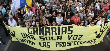 Manifestaci�n en Las Palmas contra las prospecciones petroleras, el pasado junio.