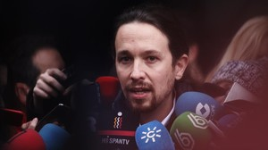 Pablo Iglesias atiende a la prensa a su llegada al consejo ciudadano estatal, en Madrid.