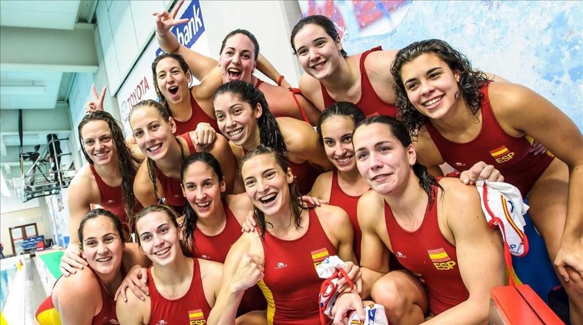 Las jugadoras españolas celebran la deseada clasificación para los Juegos.