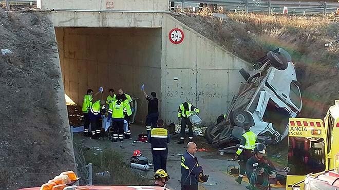 Cinco muertos al salirse una furgoneta de la calzada en murcia - Lorca murcia fotos ...