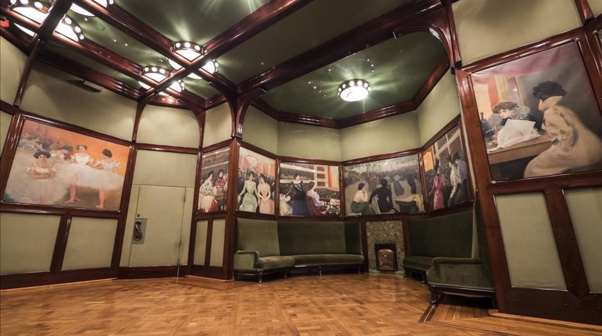 La Rotonda, la sala de fumadores del Cercle, está decorada con 12 telas realizadas por Casas.