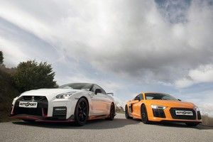 Nissan GT-R Nismo vs Audi R8 V10: dioses de cuatro ruedas.