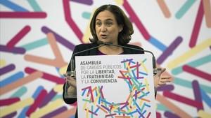 La alcaldesa de Barcelona, Ada Colau, en Zaragoza.