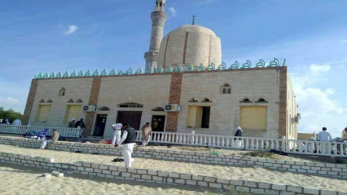 Un atemptat en una mesquita al Sinaí causa almenys 235 morts