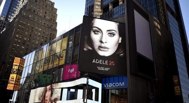 El Palau Sant Jordi li queda petit a Adele