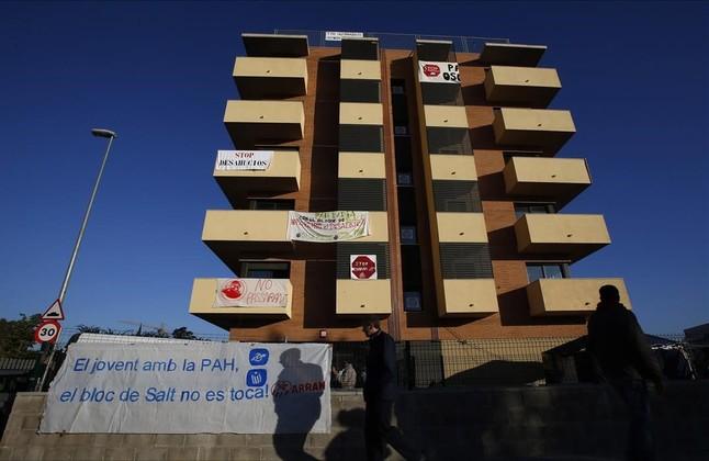 La sareb pone a la venta 700 viviendas for Pisos sareb barcelona