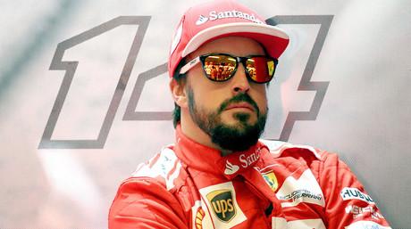 Fernando Alonso, en el box de Ferrari, durante un descanso del GP de EEUU