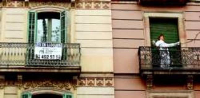 El frenazo de la venta de pisos en bcn dispara las ofertas for Portales alquiler pisos