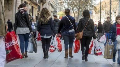Multitudinari dia de compres per l'inici de les rebaixes