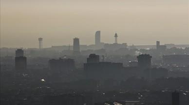 L'àrea metropolitana vetarà els cotxes més contaminants en episodis de gran pol·lució