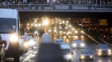 Objectiu: Veto de 12 hores als cotxes més contaminants en episodis crítics a BCN