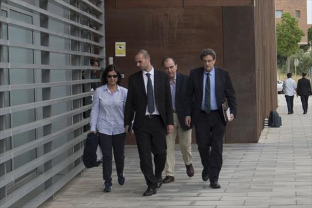 El juez envía a prisión sin fianza a Sumarroca por comisiones