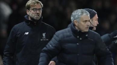 Klopp perdió la paciencia ante otra protesta desmedida de Mourinho.