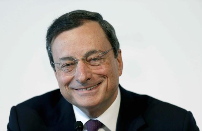 Mario Draghi gan� 374.124 euros en 2012 como presidente del BCE