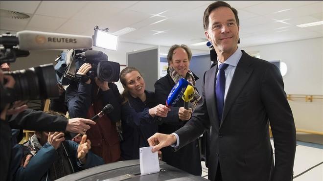 Holanda vota 'no' a l'acord d'associació de la UE amb Ucraïna