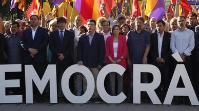 La unidad de 'comuns' e independentistas
