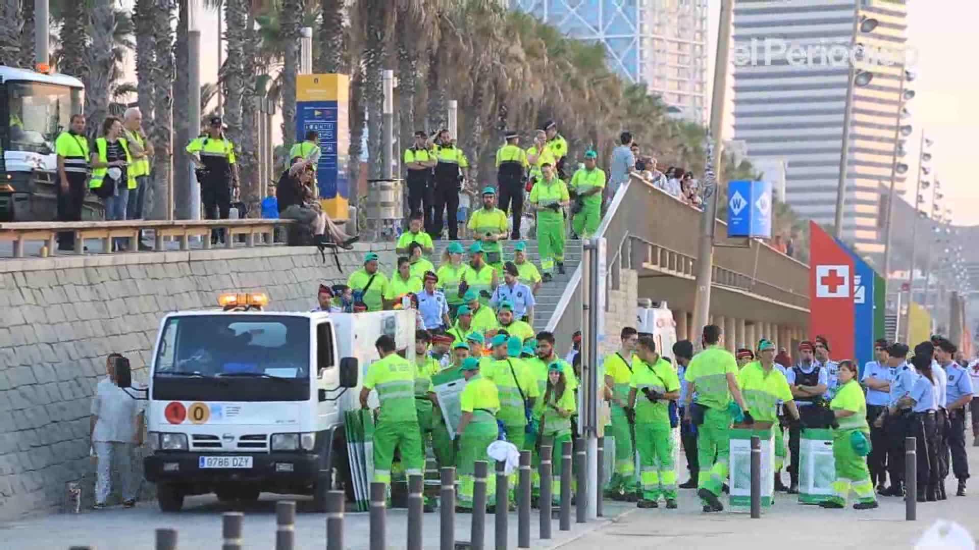 Comienza el operativo de limpieza de las playas metropolitanas - Agencias de limpieza barcelona ...
