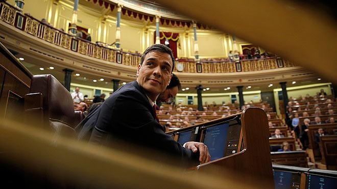 """""""A partir de la setmana que ve"""", la falca de Pedro Sánchez durant el discurs d'investidura."""