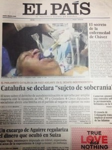 'El Pa�s' retira su primera edici�n impresa por una foto falsa de Ch�vez