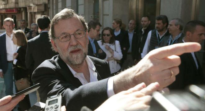 Rajoy visita Pontevedra, la ciudad donde fue concejal y de la que fue declarado persona 'non grata'.
