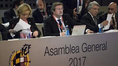 Larrea s'estrena com a president de la RFEF en la primera assemblea sense Villar