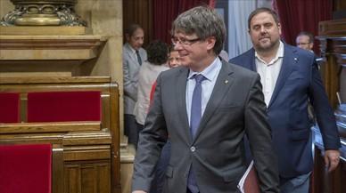 Puigdemont perfila amb el PDECat un canvi de Govern imminent