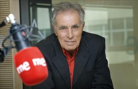 El periodista Jesús Hermida, en Radio Nacional.