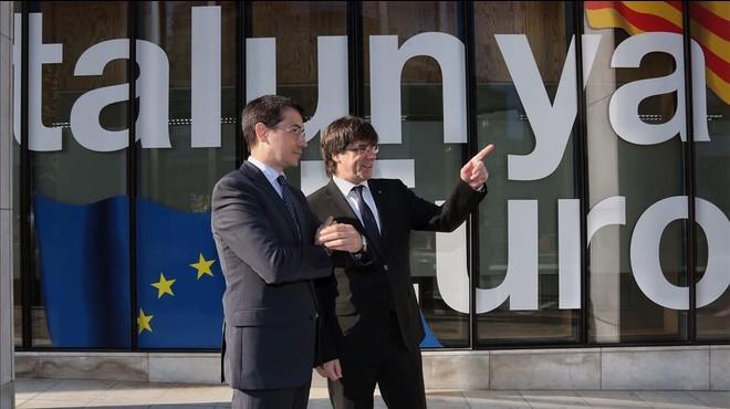 La Comissió Europea desmenteix la Generalitat i assegura que sí que es va demanar veure's amb Juncker