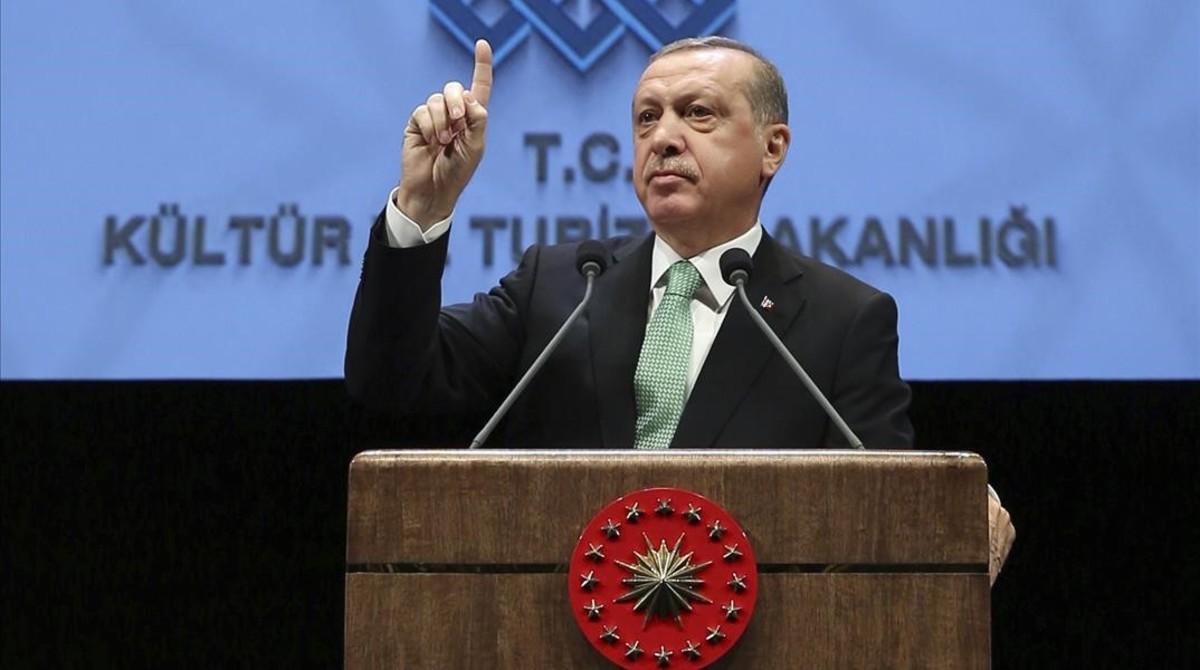 Erdogan se dirige a la audiencia en el palacio presidencial de Ankara, este jueves.