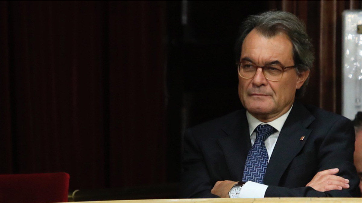 Reclaman al expresidente Mas 5,2 millones por la consulta del 9N