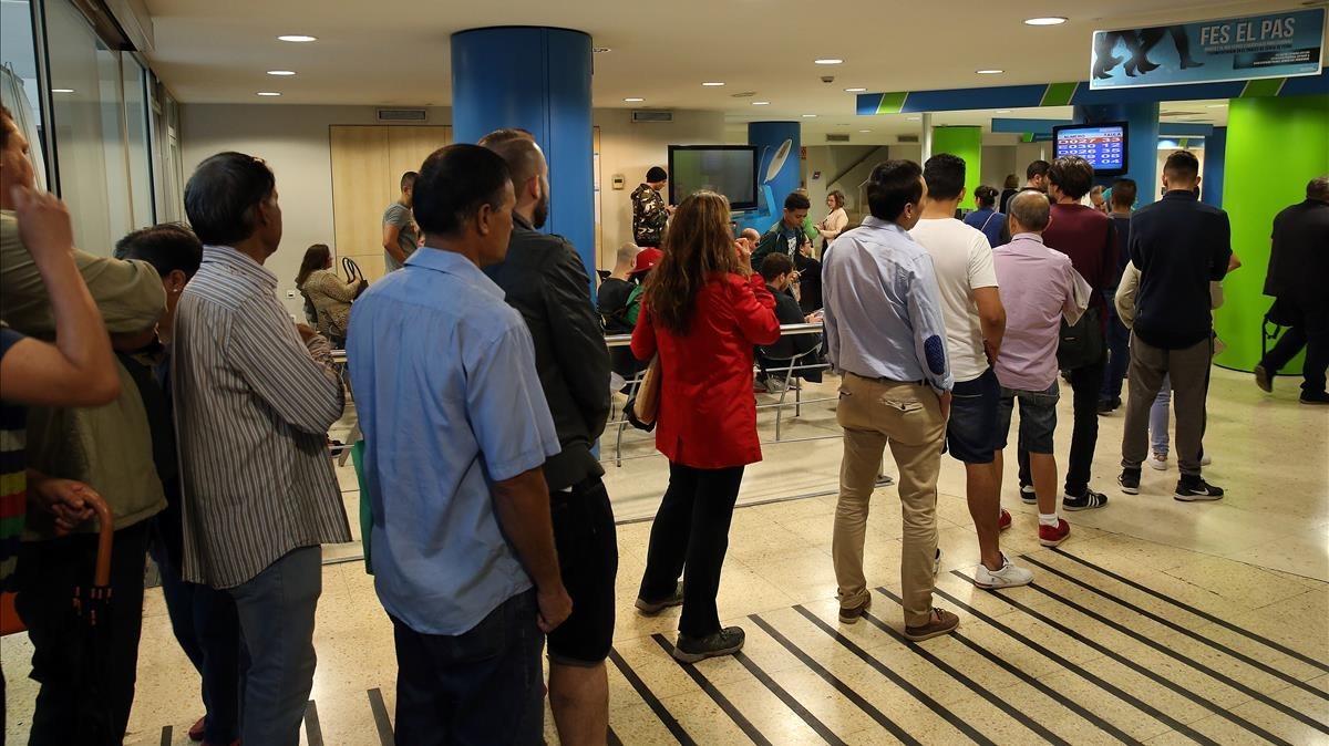 El paro baj en personas en el 2017 - Oficina seguridad social barcelona ...