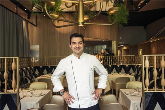Adrián Marín, en el comedor del restaurante Mextizo. foto: Ida Jansson
