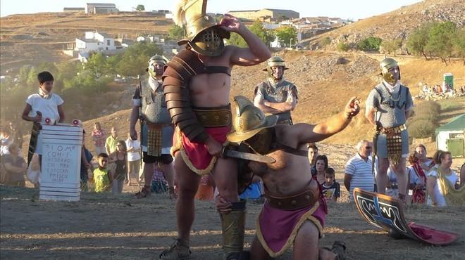 Un mirmill�nentrenado por Cagigal derrota a un hoplomaco, en una recreaci�n del espect�culo previsto para la Magna Celebratio.