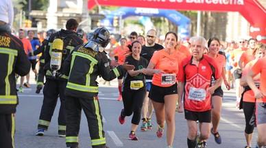 Cursa Bombers: Ezzaidouni, el primer i darrere seu 13.024 atletes més