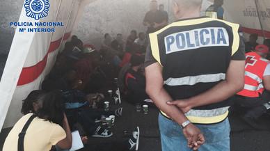 Cae la mayor red de tráfico de subsaharianos en pateras hacia Canarias